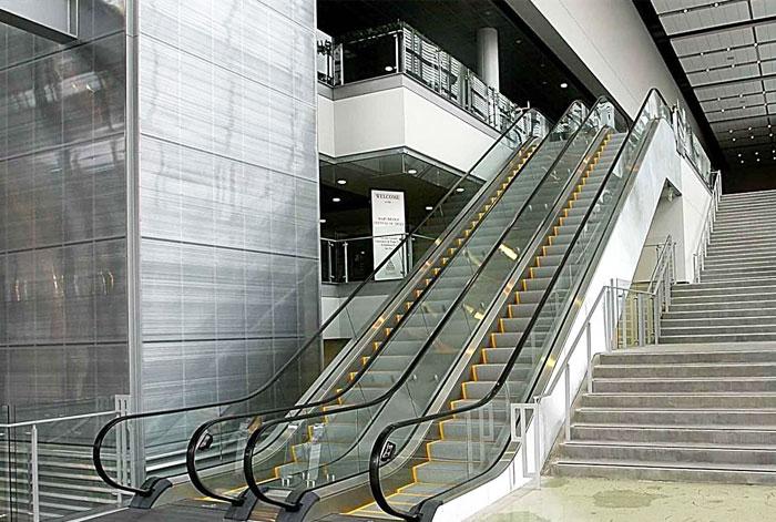خدمات کنترل آسانسور و پله برقی