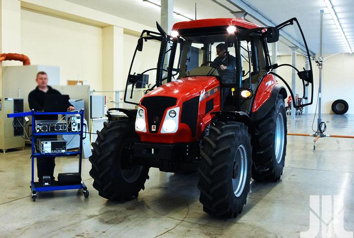 Landwirtschaft Forstmaschinen EMV-Tests