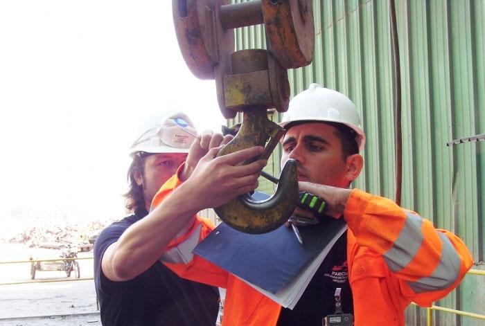 Contrôles de surveillance des processus de fabrication